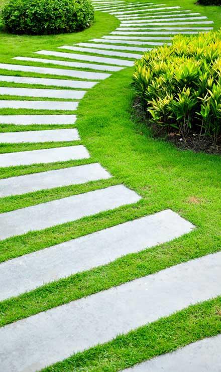 Lone Oak Lawns LLC Landscape Construction