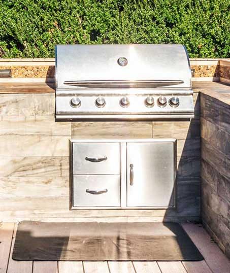 Lone Oak Lawns LLC Outdoor Kitchen Services